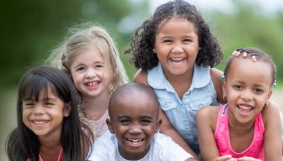 Asal anak bahagia, tepatkah prinsip ini?