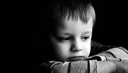 Membuat anak merasa bersalah tidak menyelesaikan masalah. (Dok. Istimewa)